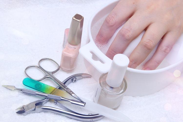 Инструменты для работы по педикюру