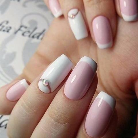 Деловой маникюр с френчем на длинные ногти