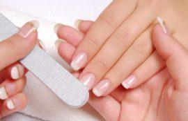 Почему белеют ногти на руках