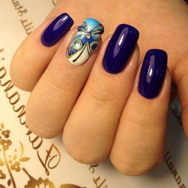 Фиолетовое решение с бабочкой
