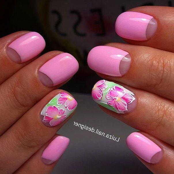 Лунный розовый маникюр
