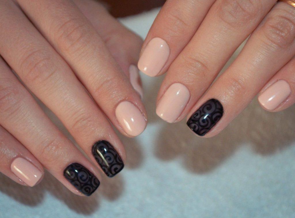 Гель на короткие ногти