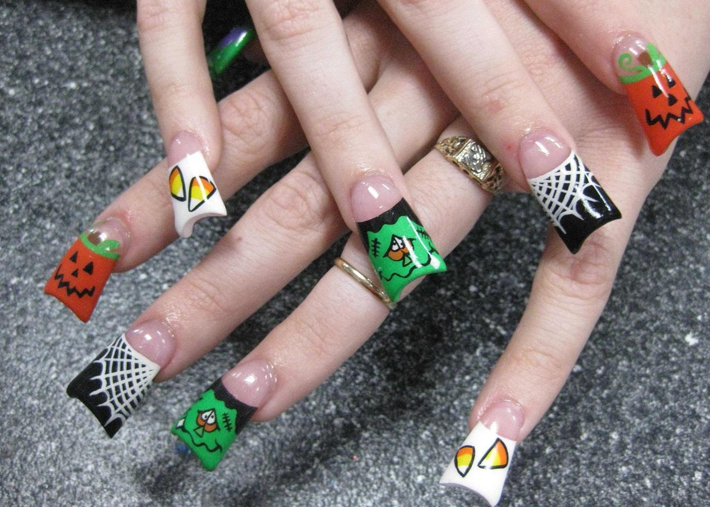 Оригинальные Хэллоуин-идеи для наращенных ногтей