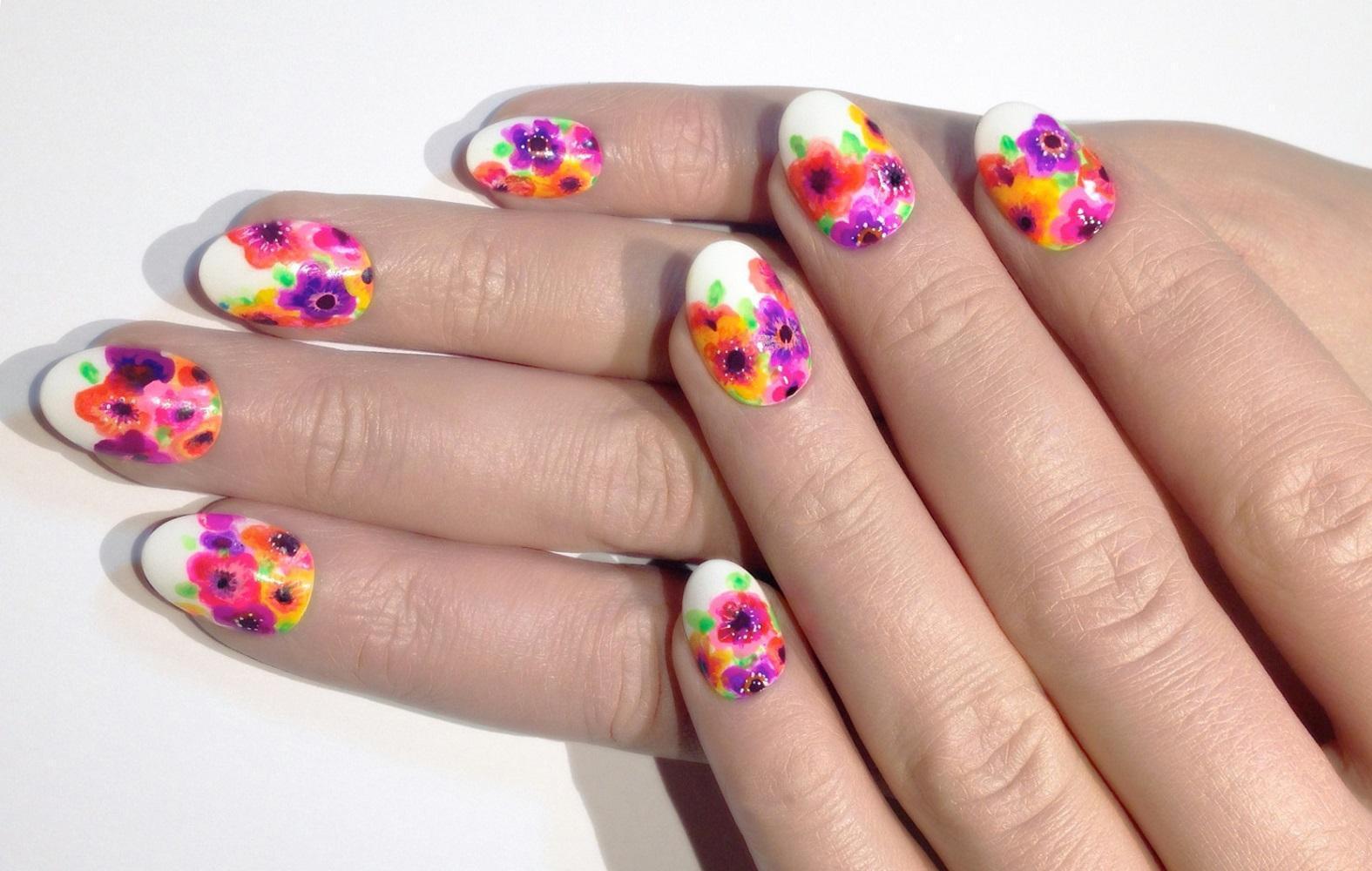 Слайдер-дизайн: нежные цветы