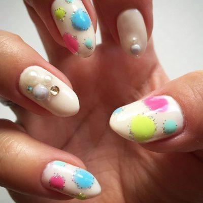 Баббл-маникюр на длинные ногти