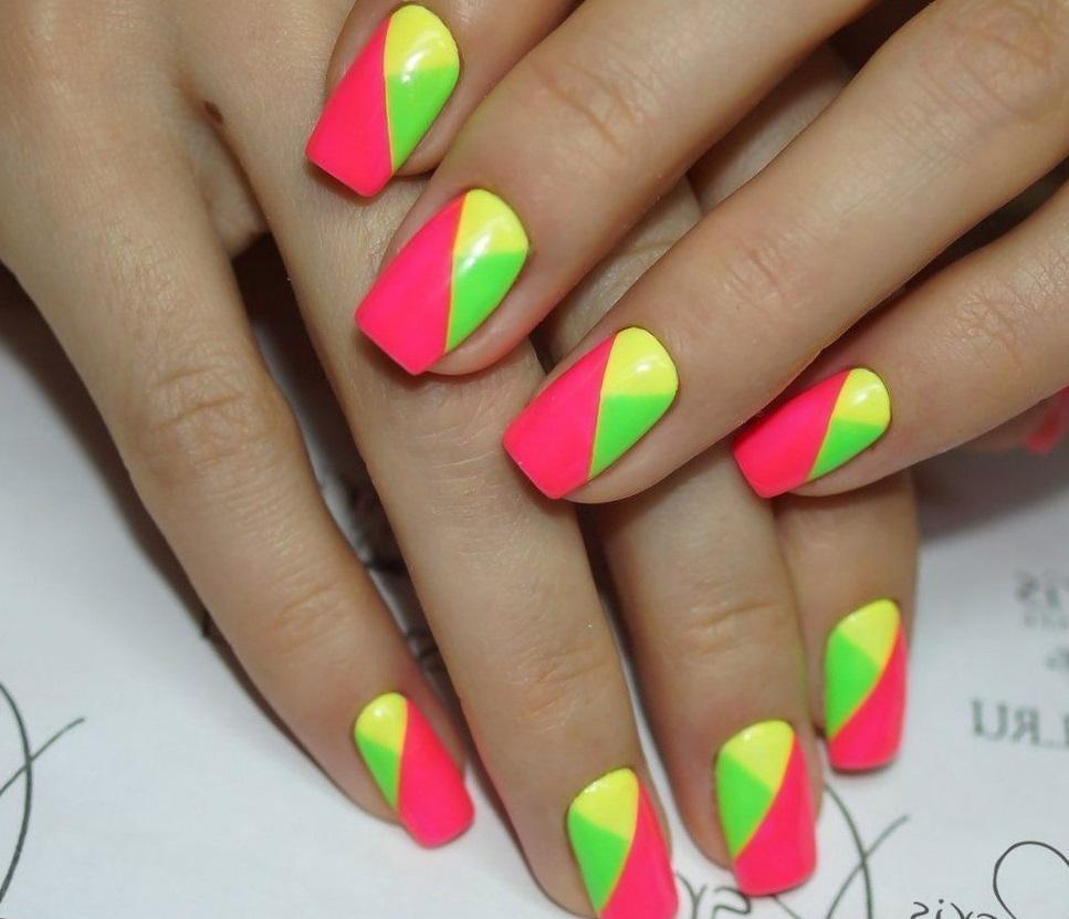 Яркие диагональные nail-фантазии