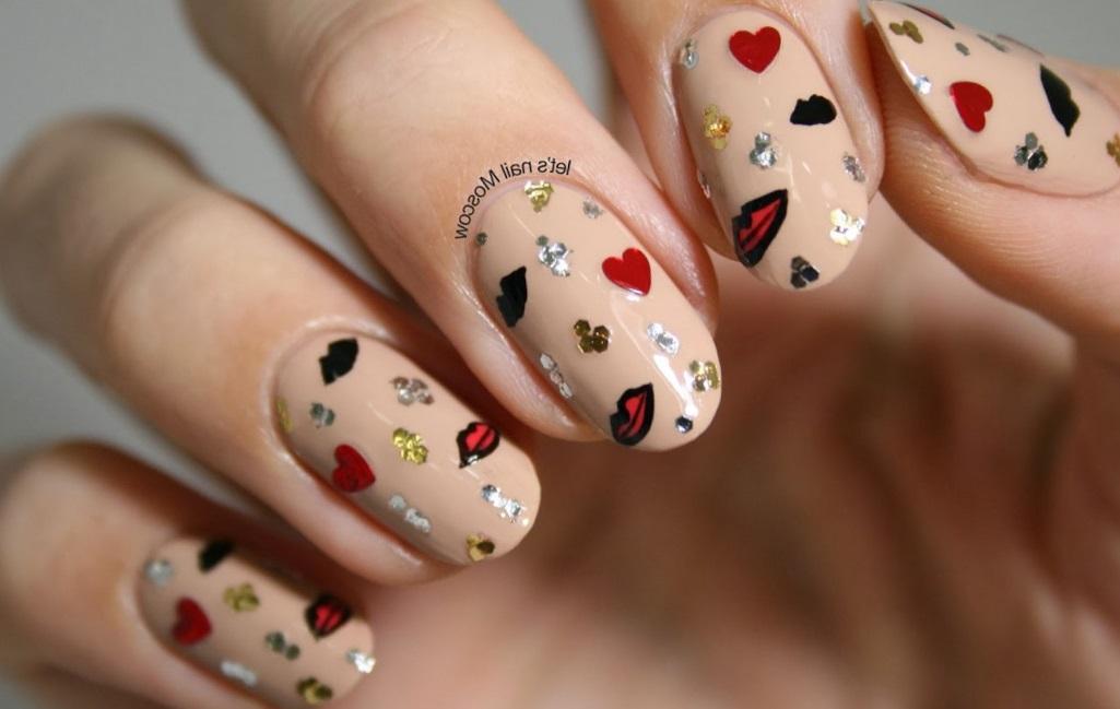Модные наклейки для ногтей