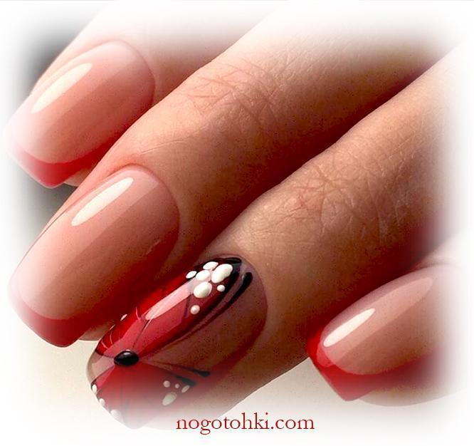 Женственная бабочка на ногтях
