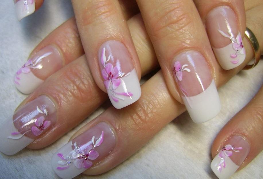 Роспись цветным гелем на длинных ногтях