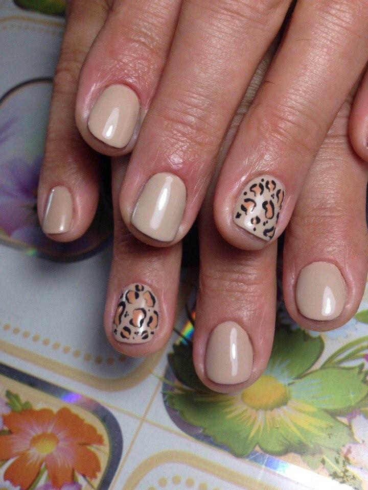Страстные тигровые ногти