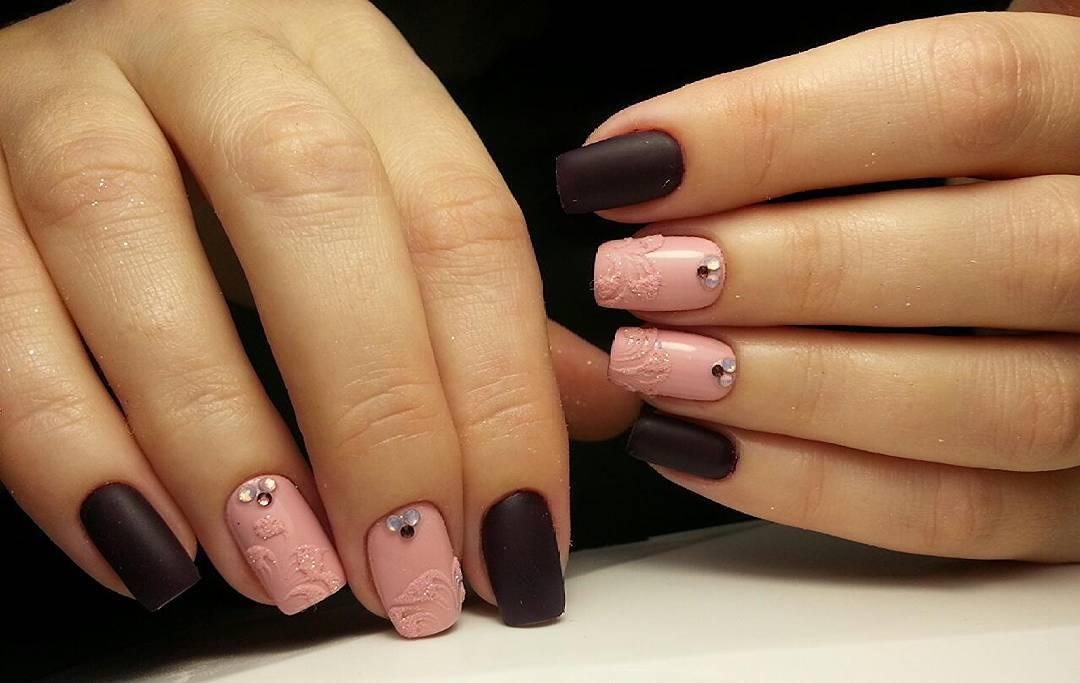 Матовый черный и нежный розовый — идеальное сочетание!
