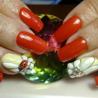Баббл цветочек с божией коровкой на длинных ногтях