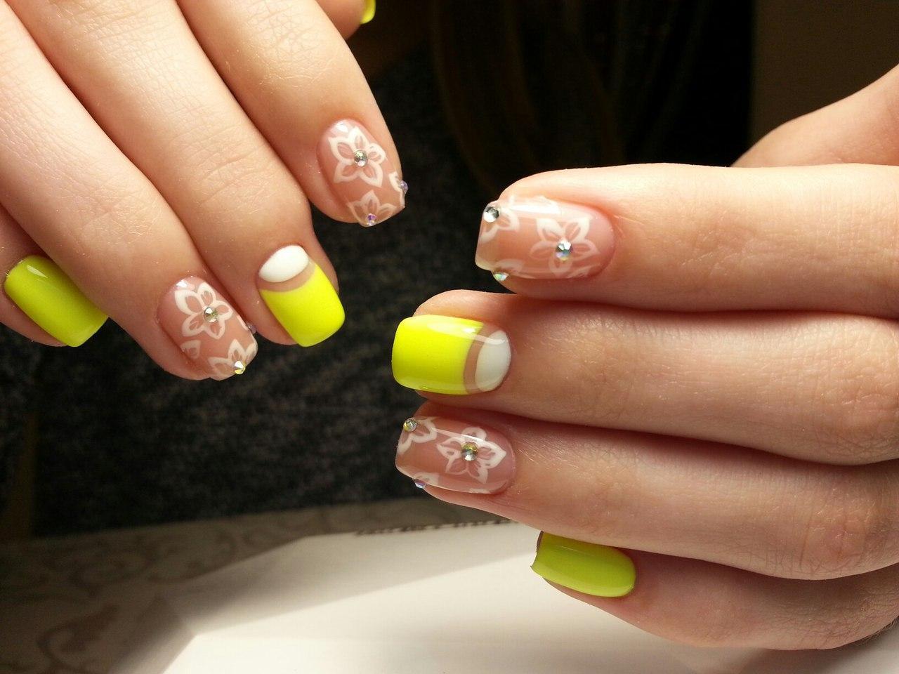Дизайны ногтей шеллаком фото с желтым