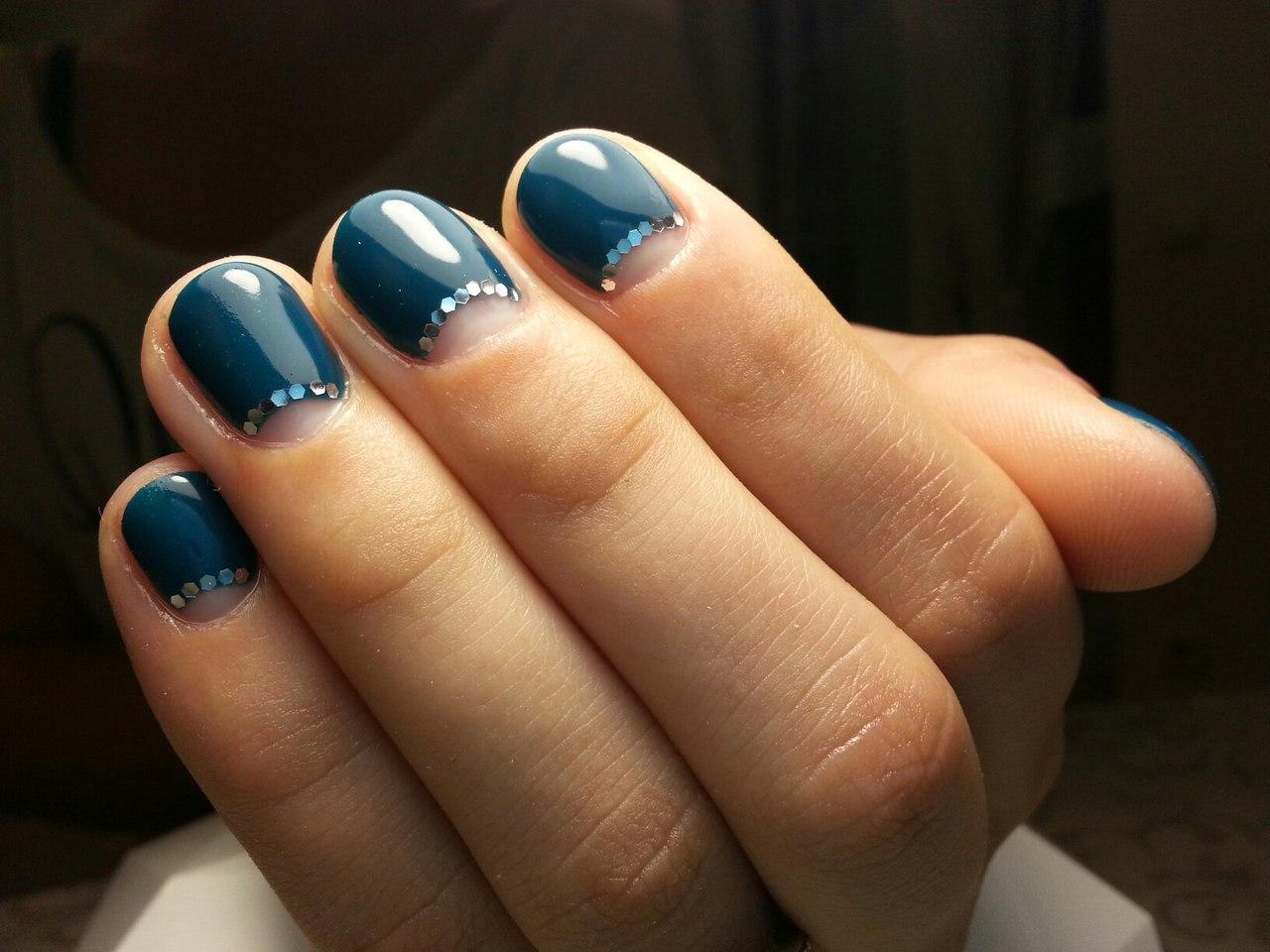 Великолепный лунный френч на короткие ногти