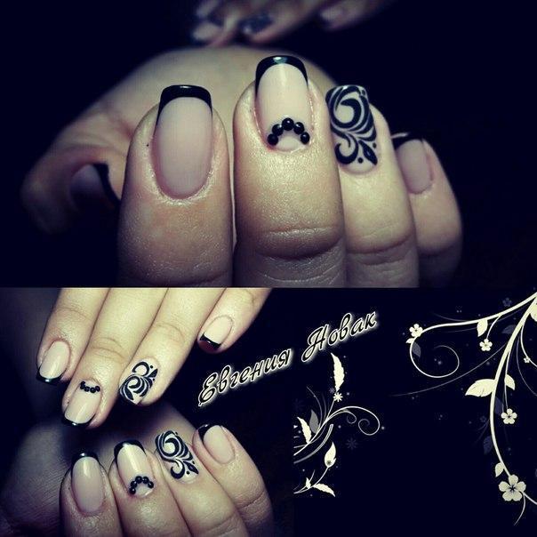 Готические ногти с росписью и бульонками