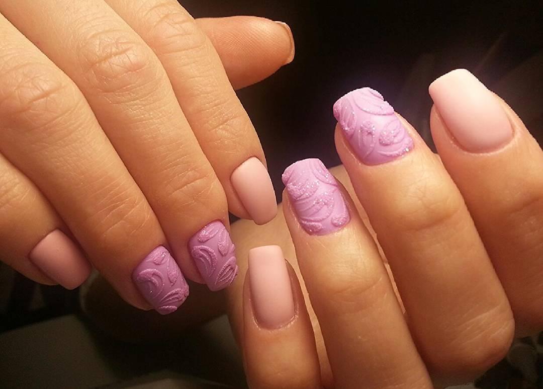 Нежные персико-розовые ногти