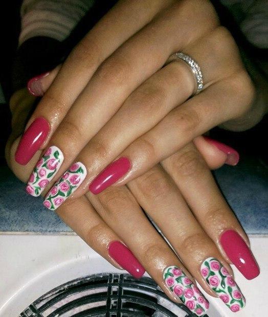 Букет роз на длинные ногти