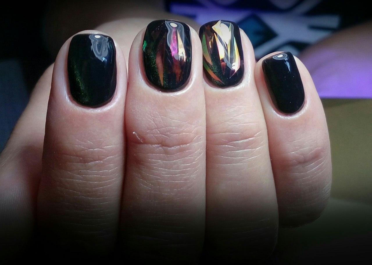 Чёрный шеллак с битым стеклом