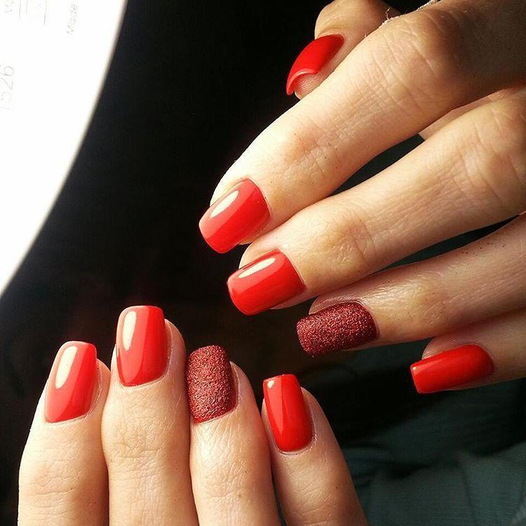 Сладкие сахарные ногти
