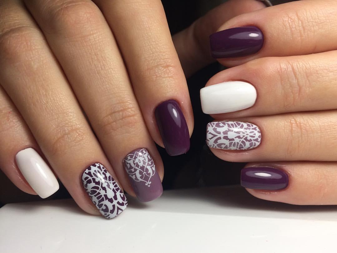 Изысканный темно-фиолетовый гель-лак с рисунком