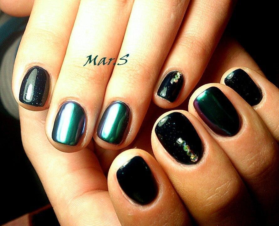Зеркальная втирка темно-зеленого цвета