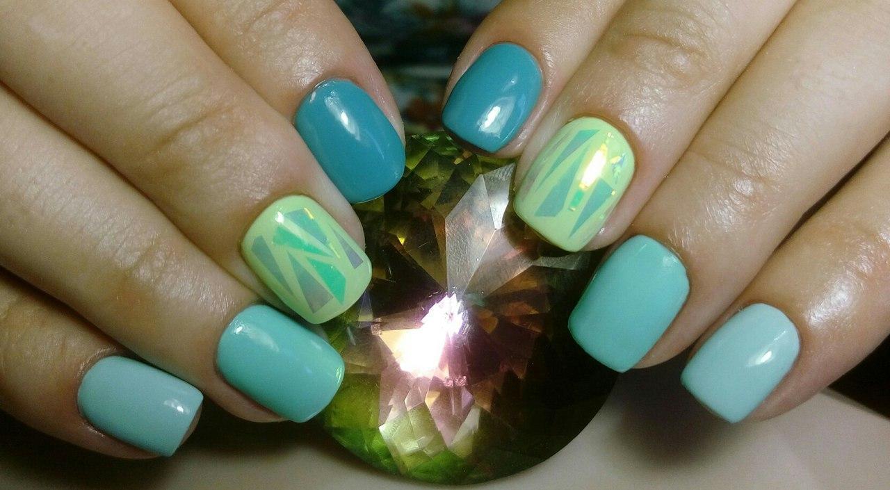 Роскошные ногти с битым стеклом