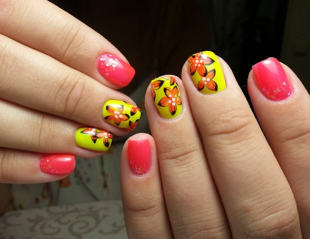 Роскошные цветочки с желтым шеллаком