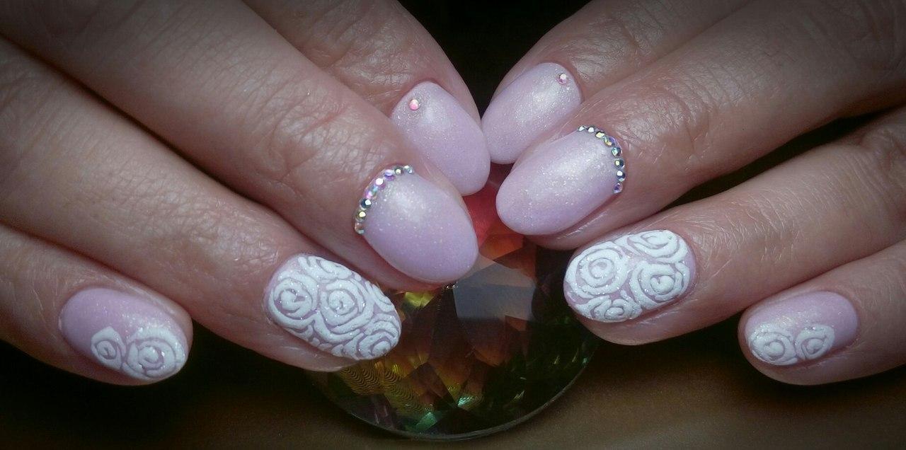 Роскошный дизайн на ногтях