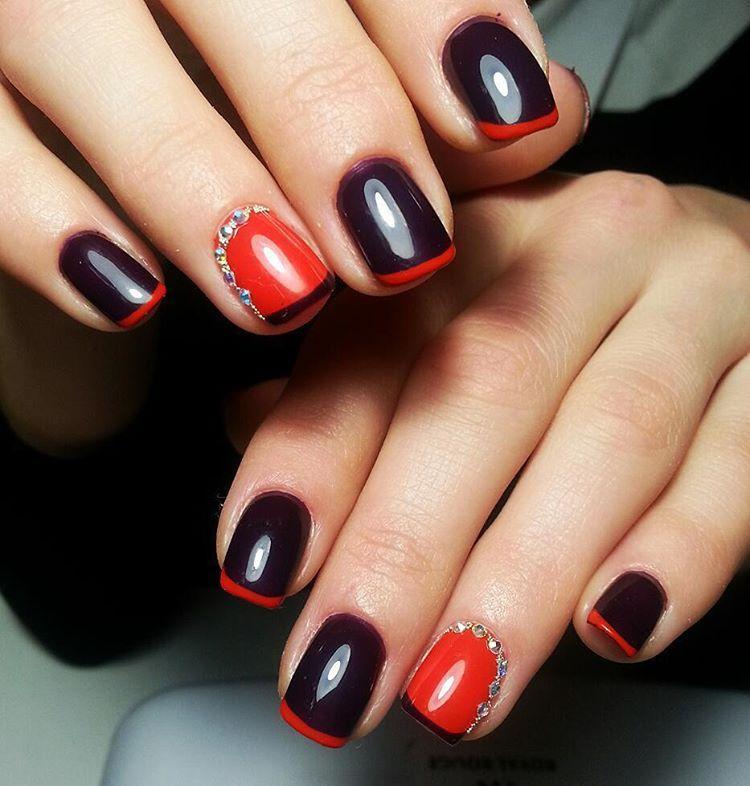 Интересные ногти с красным френчем на черной основе