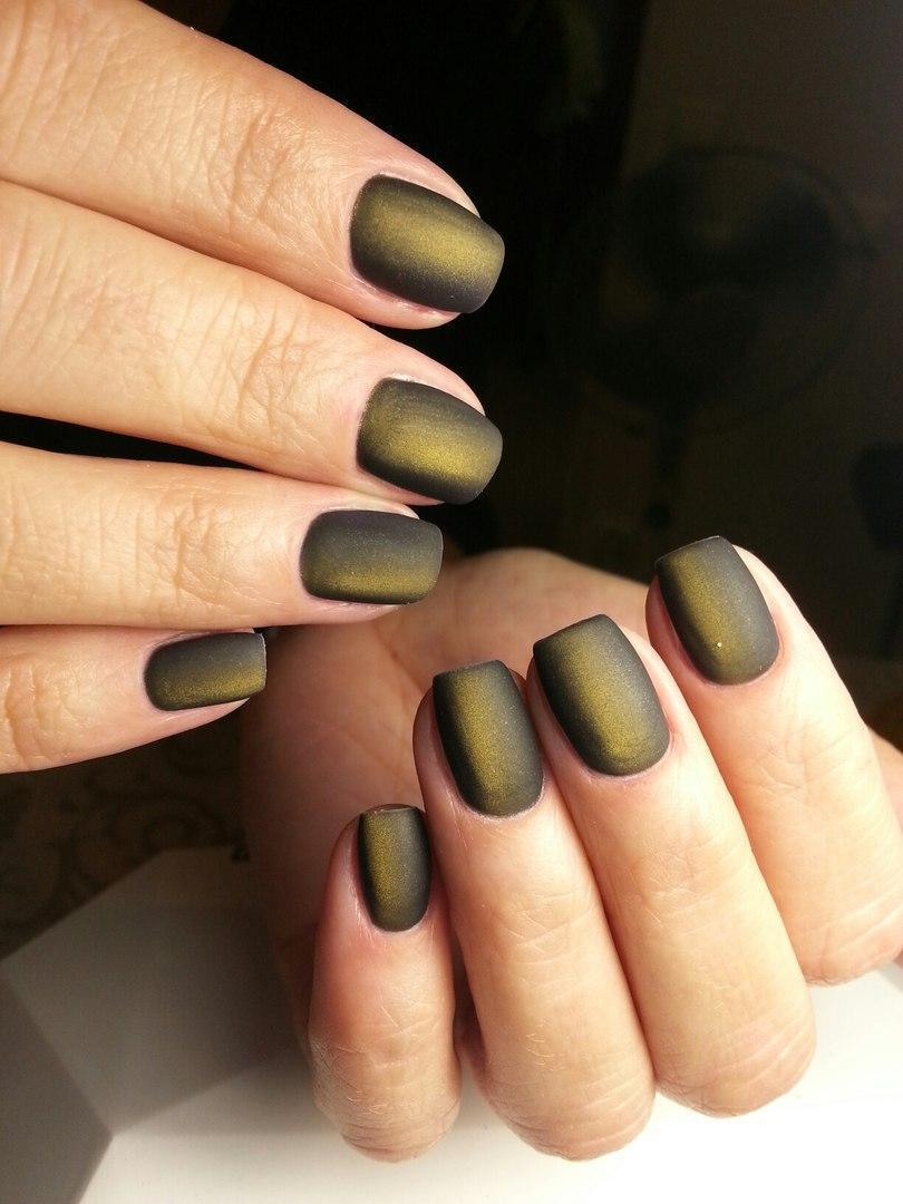 Завораживающий темный цвет шеллака