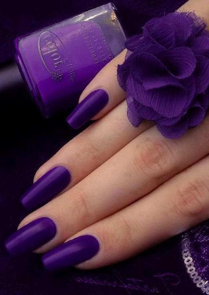 Великолепный фиолетовый маникюр на длинные ногти