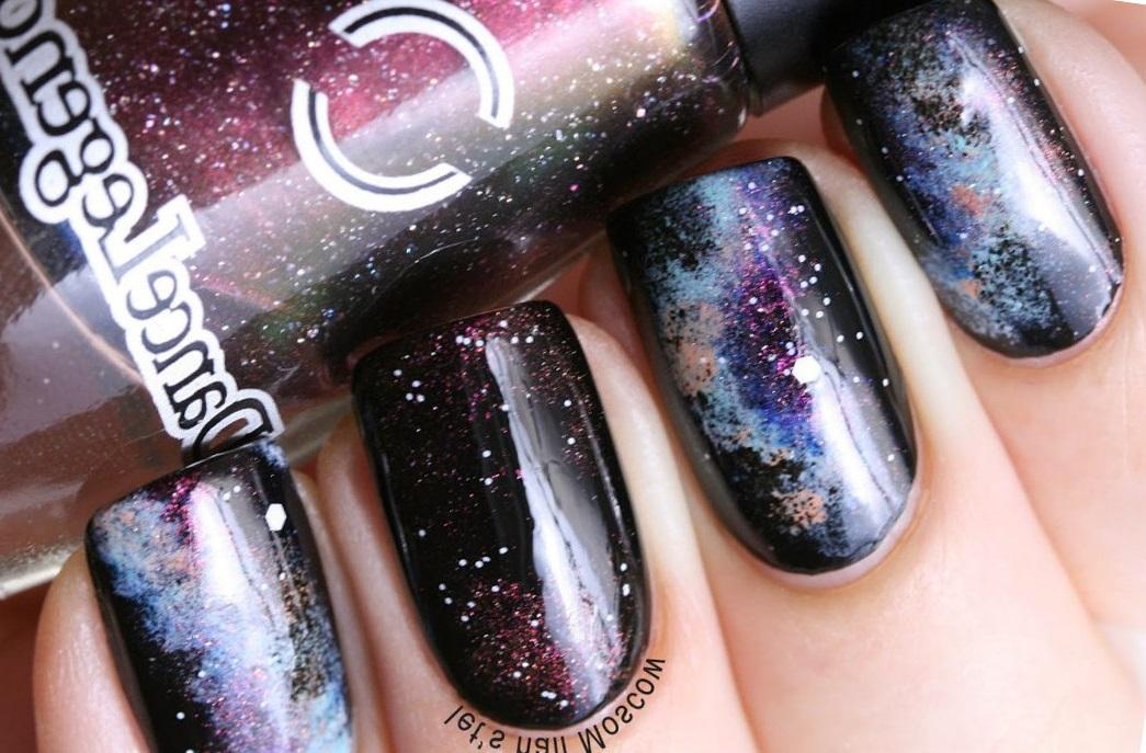 Классический галактический маникюр на длинные ногти
