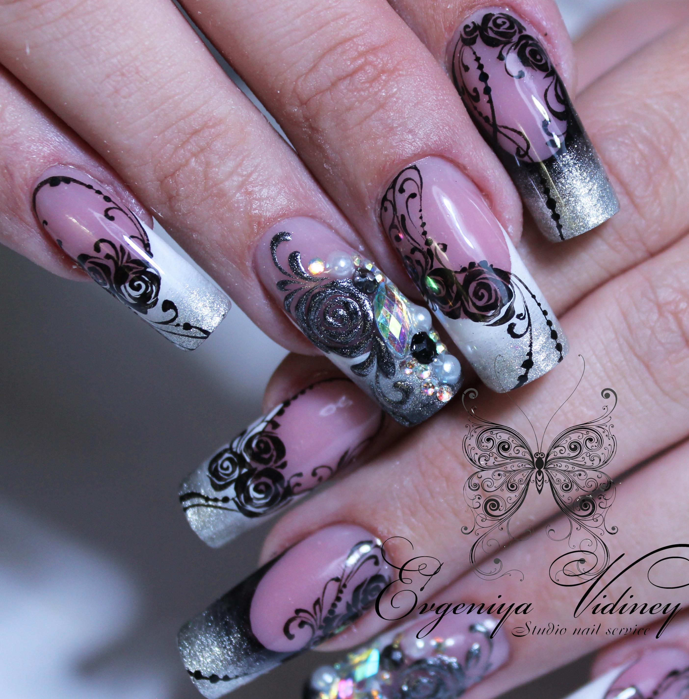 Роскошные стальные ногти