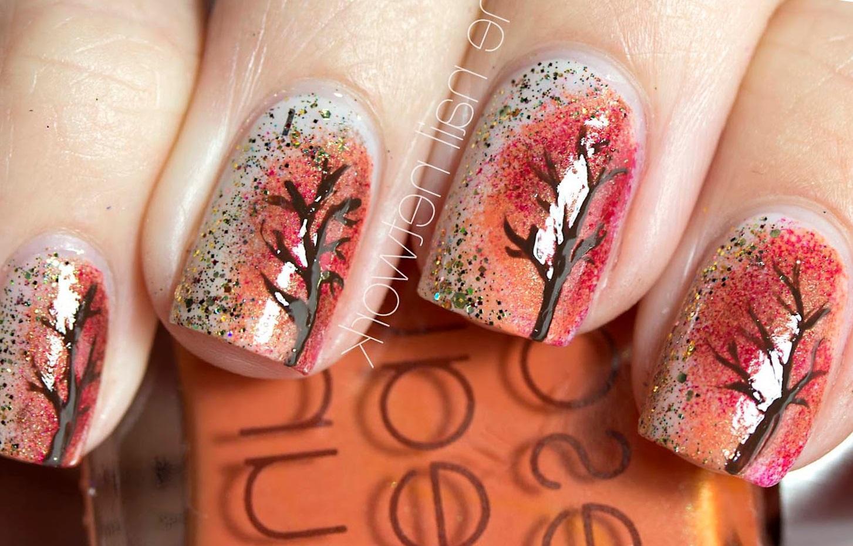 Осенние деревья на ухоженных ноготках