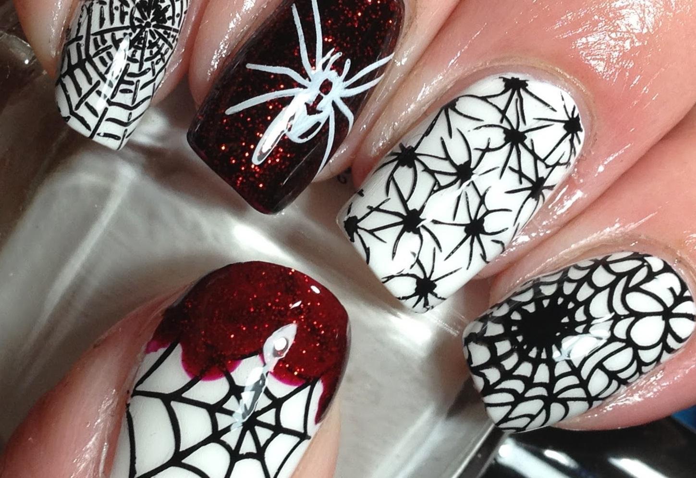 Кровавые пауки на Хэллоуин