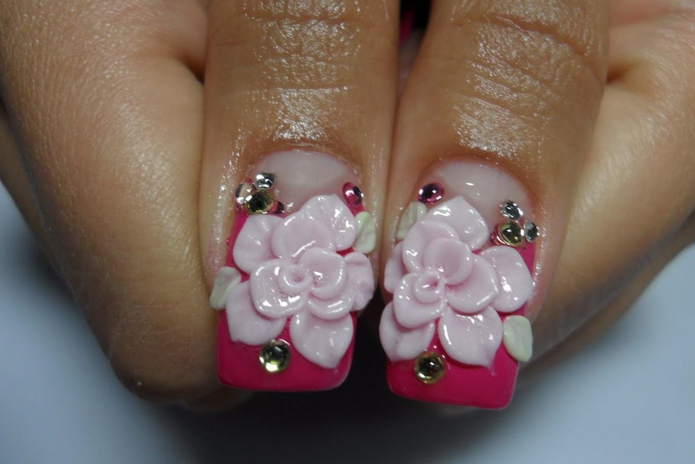 Объемные цветы на средние ногти