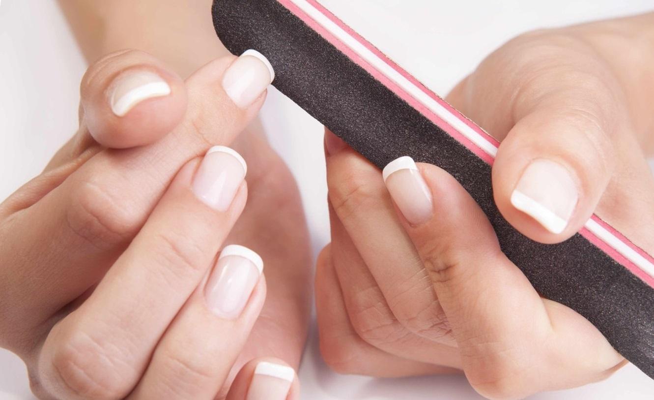 Как правильно подпилить ногти и сделать красивую форму 64