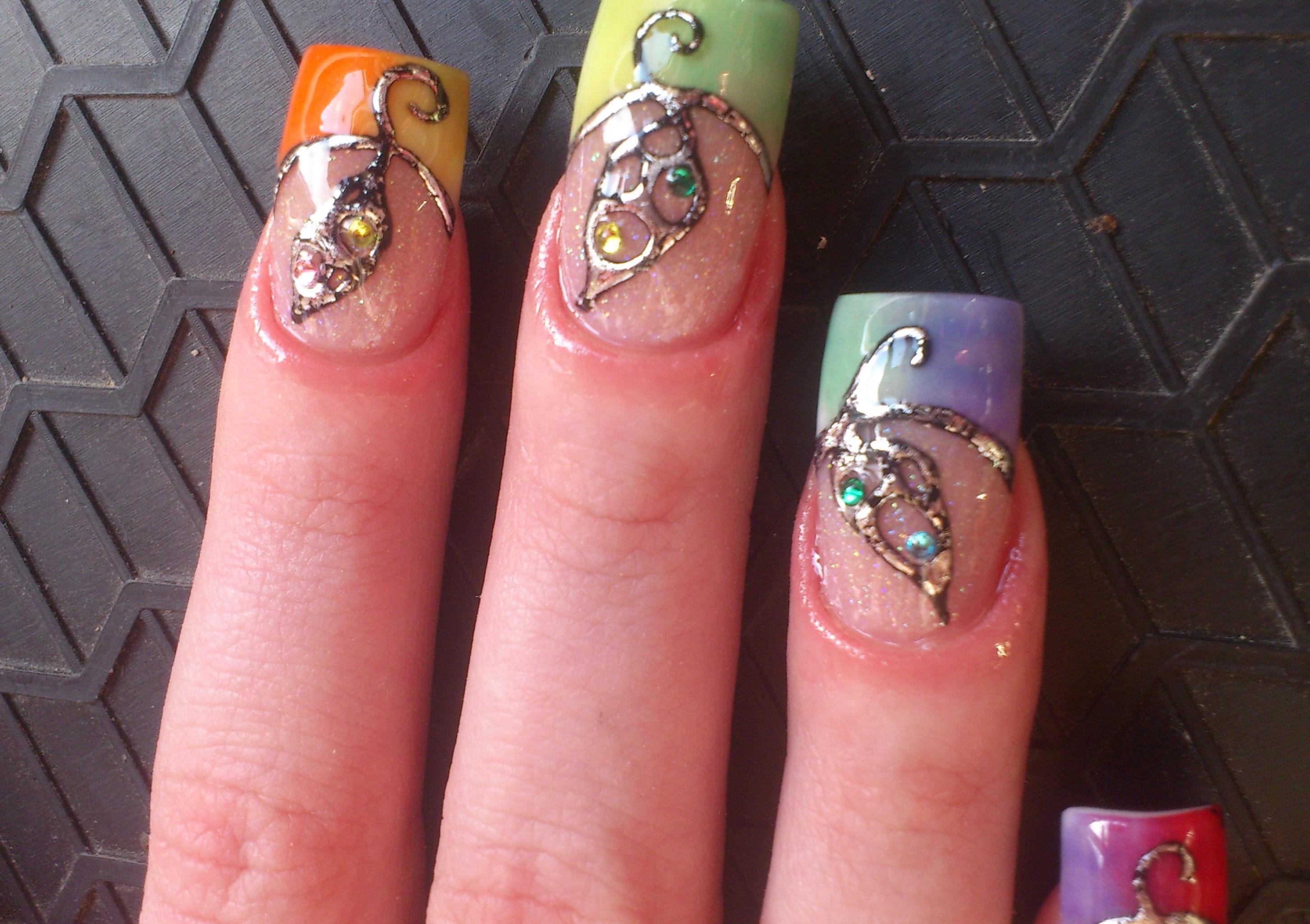 Радужный френч и литье для длинных ногтей