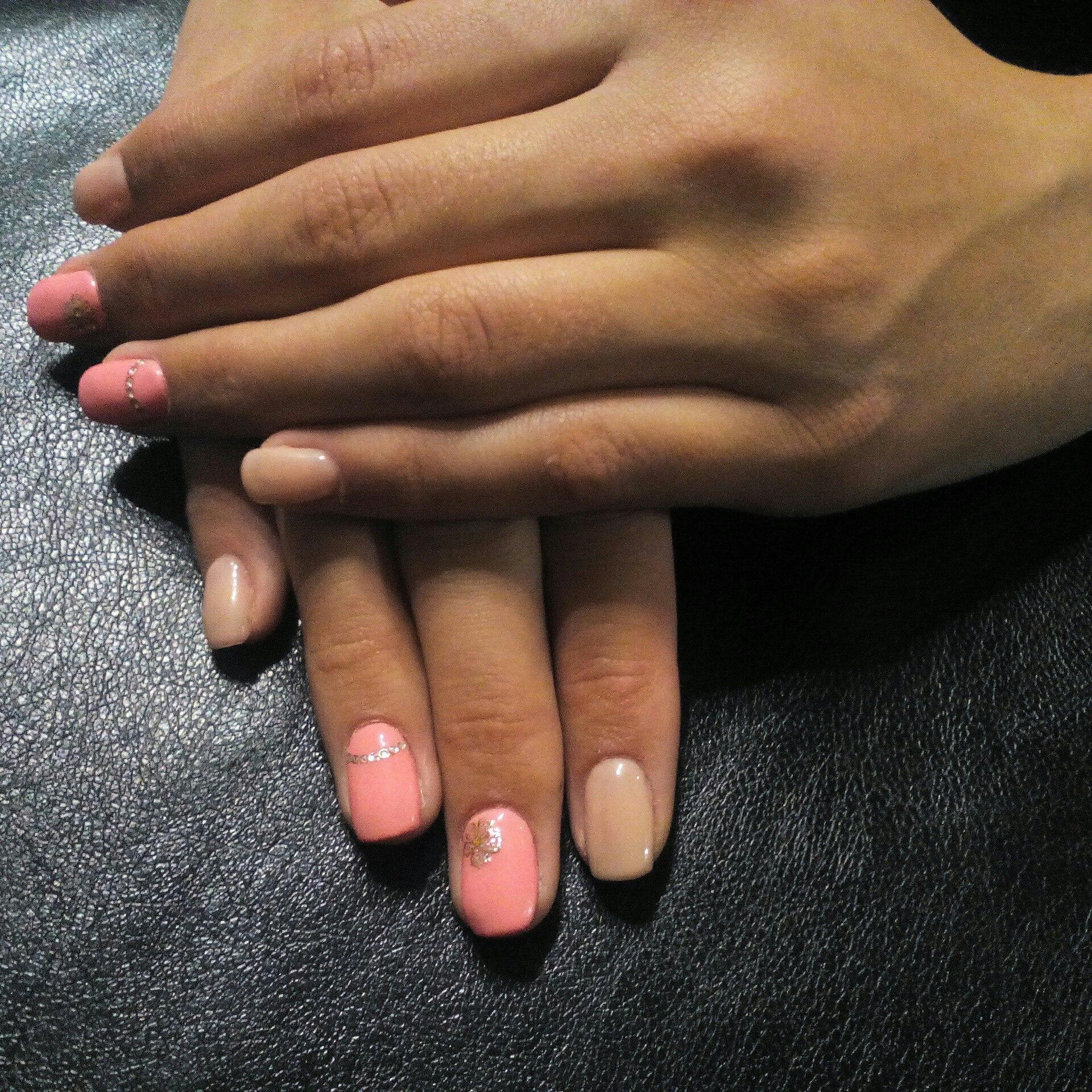 Фото ногтей телесных цветов