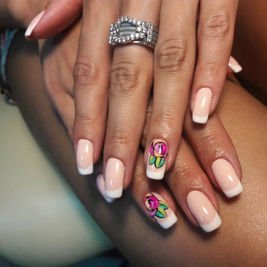 Белый френч на длинные ногти