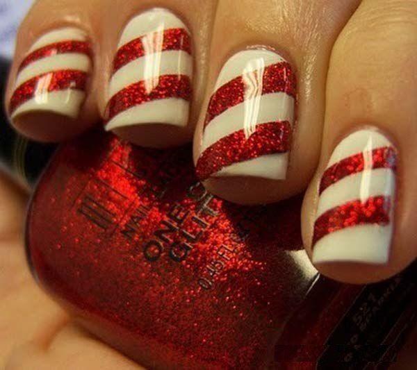 Блестящие праздничные ногти