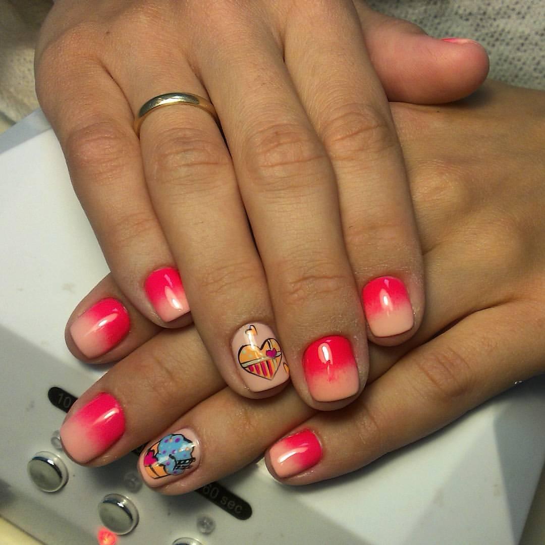 Розовые мими ногтики