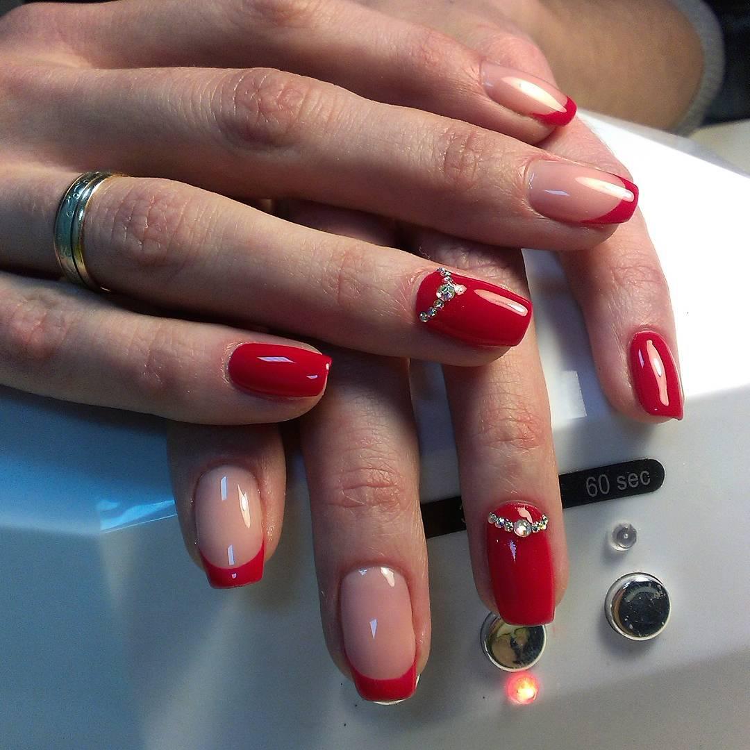 Супер модный красный френч