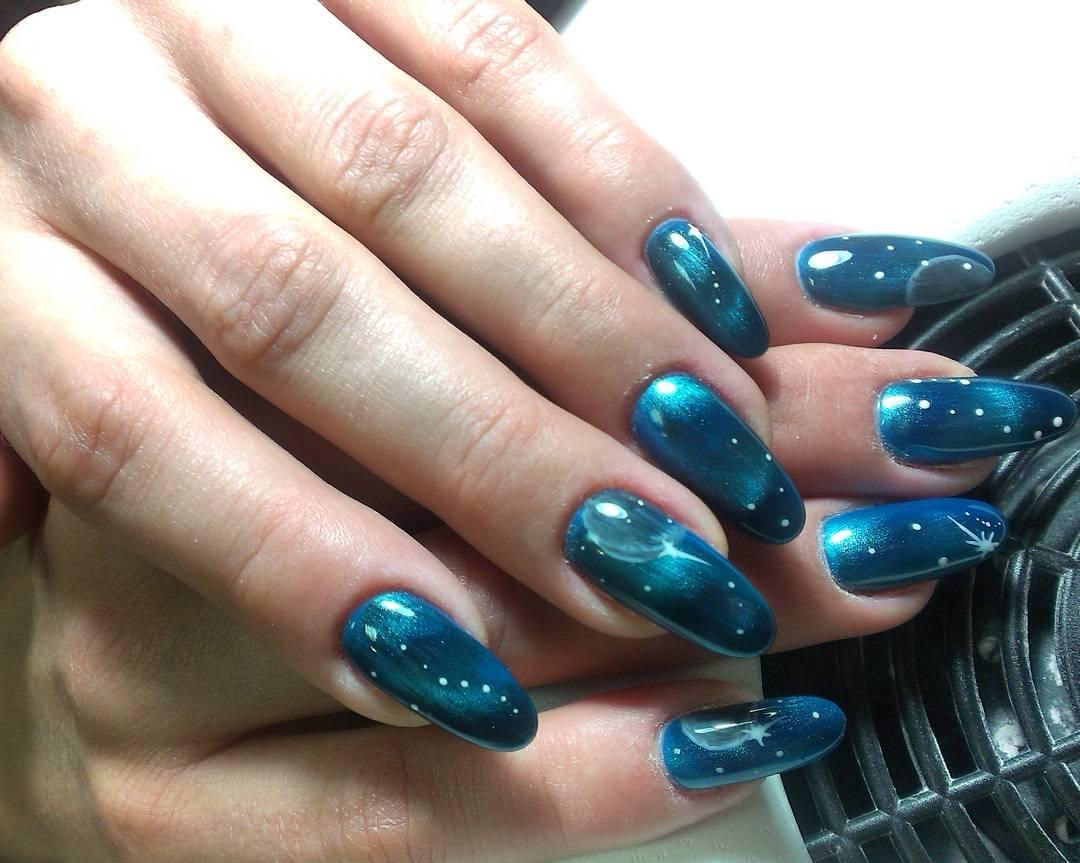Галактические длинные ногти