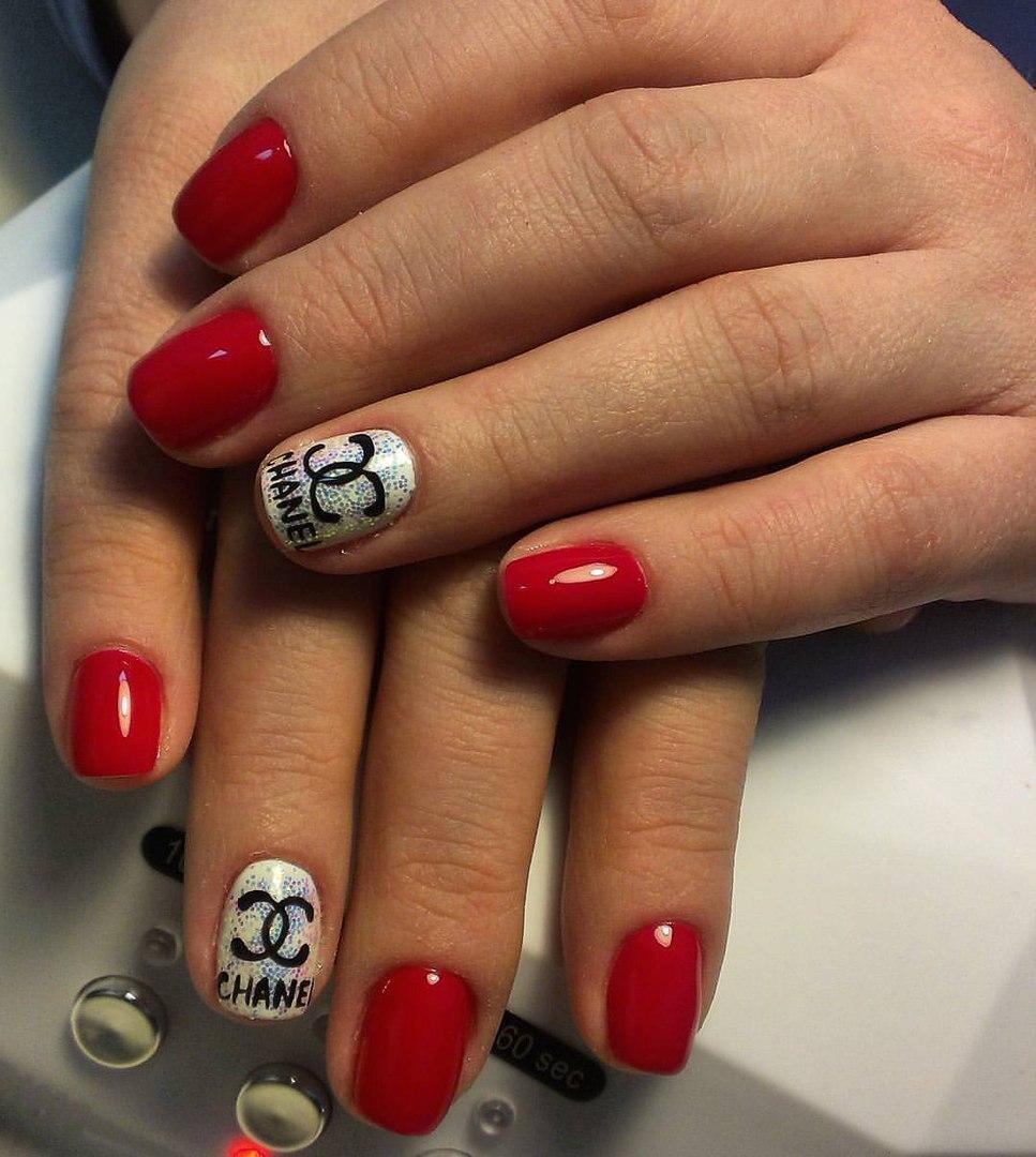 Chanel на ногтях