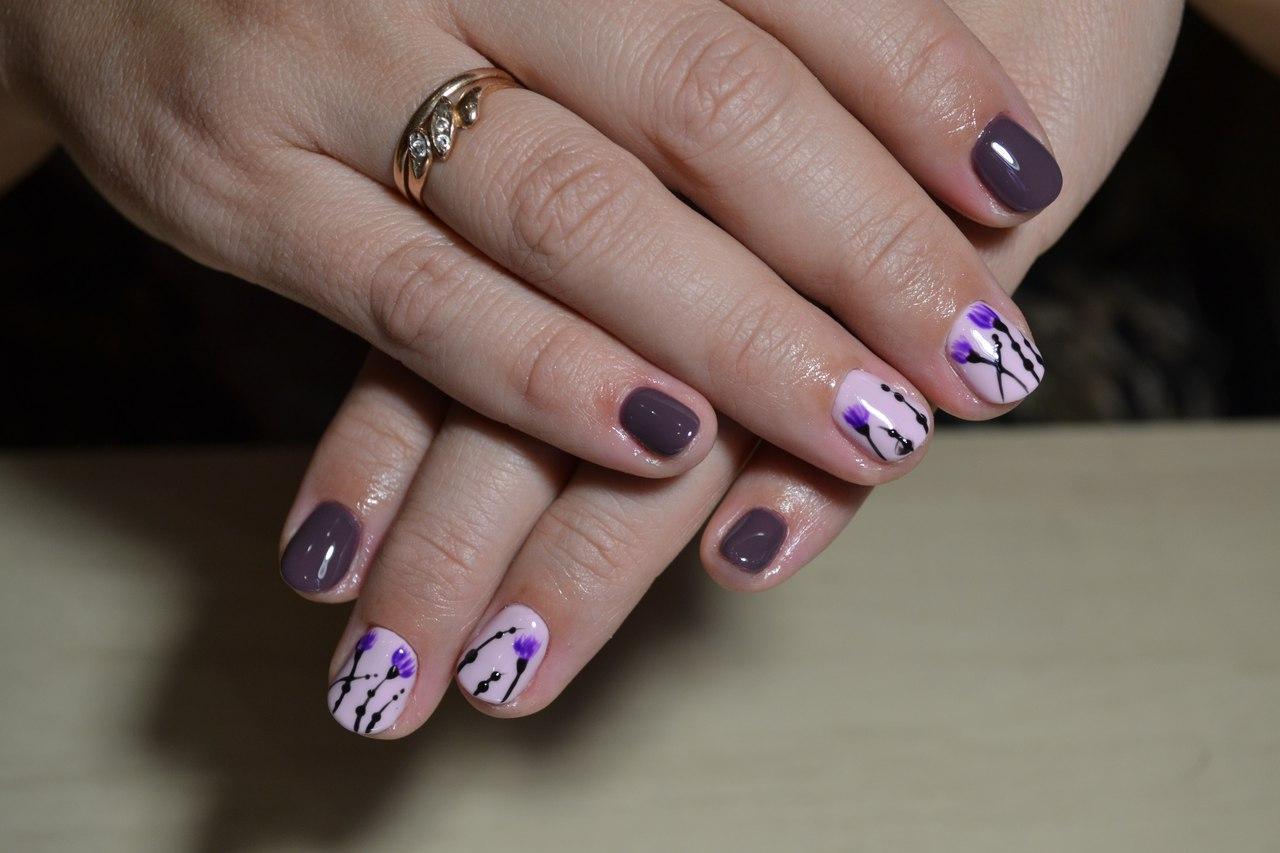 Хризантемы на ногтях