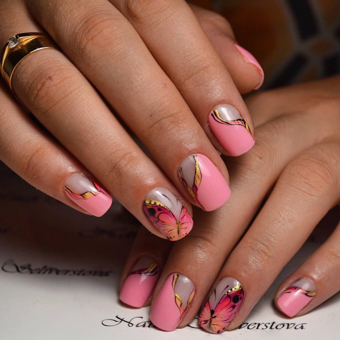 Восхитительные перхающие бабочки на ногтях