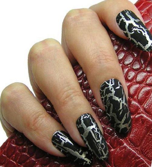 Черный с серебром — маникюр на длинные ногти