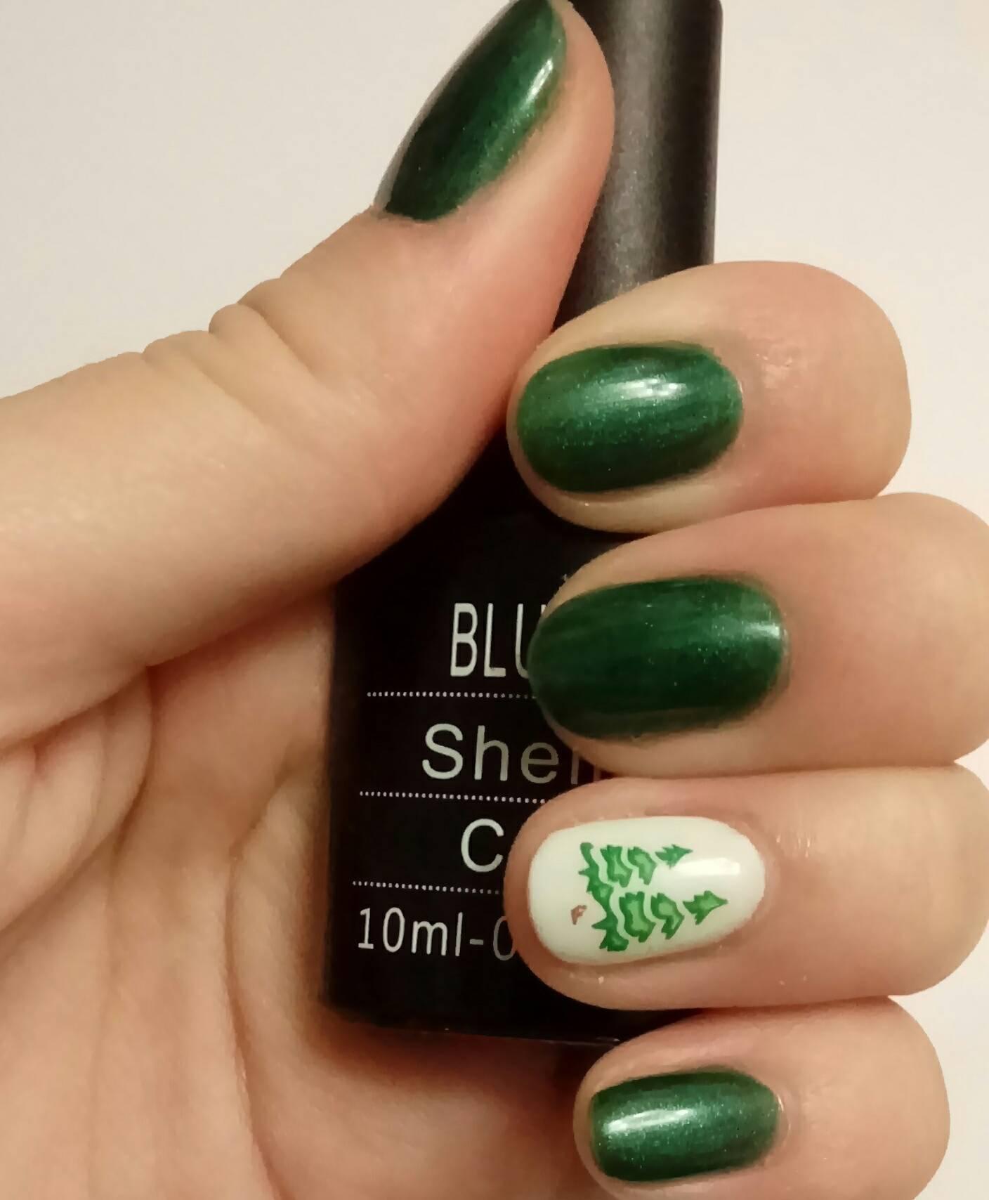 Зеленый shellac-маникюр
