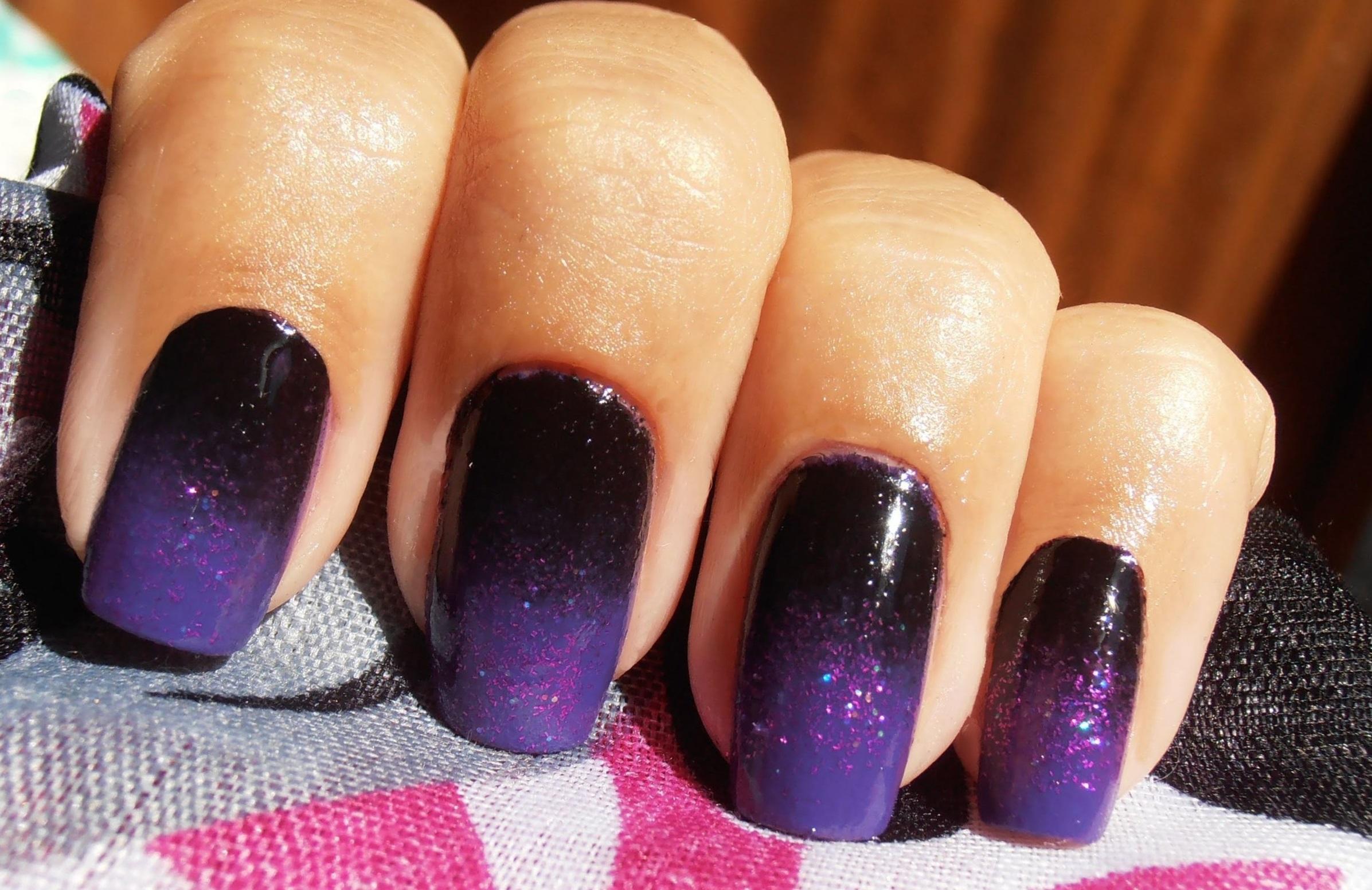 Черно-фиолетовое зимнее омбре